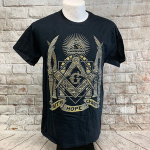 Fruit of the Loom Mens Graphic Tee Size M Masonic